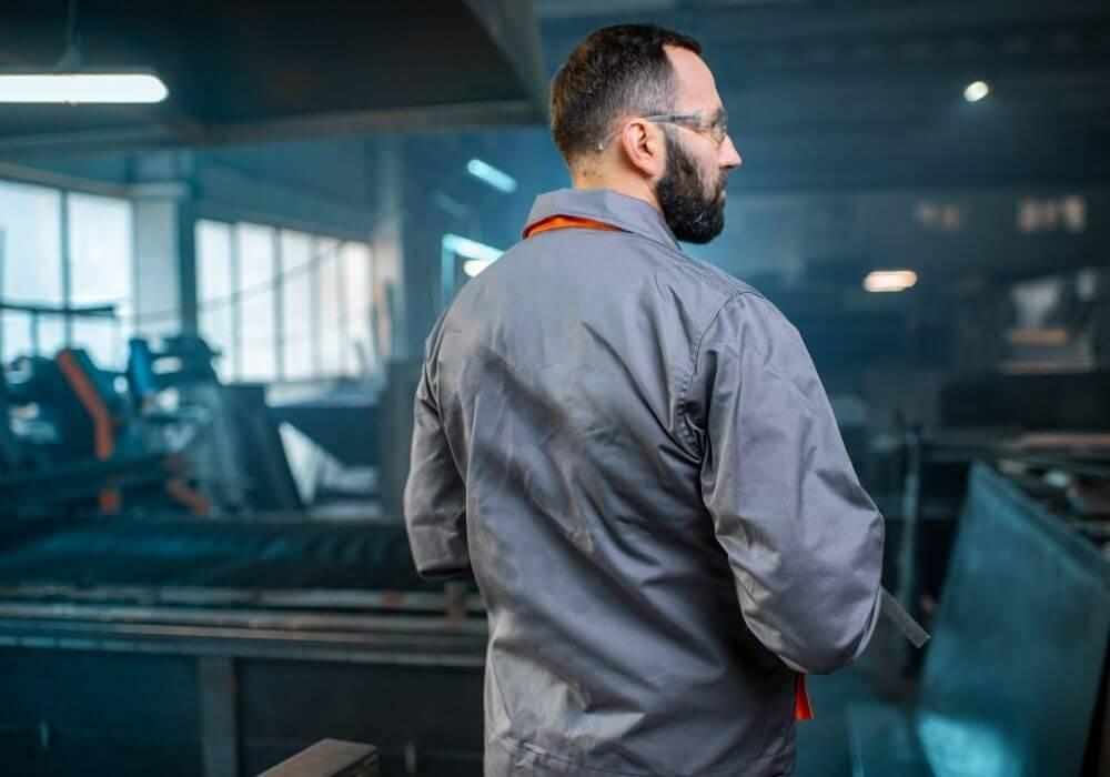 Ubrania robocze – jak prać, by nie straciły swoich właściwości?